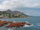 Die Felsen des Esterel Massivs an der Cote d Azur