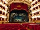 Teatro di San Carlo - das wohl älteste Opernhaus Europas.Ich hatte eine Führung in dem  beeindruckenden Gebäude.