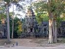 Der Tempel Ta Prohm wurde als einer der wenigen nicht komplett von den zuwachsenden Pflanzen befreit