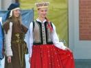 Typische lettische Trachten - für die Touristen dargestellt