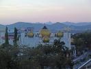 Dank des Gebetsrufs per Lautsprecher konnten wir die Moschee vor Sonnenaufgang fotografieren