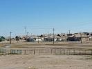 Siedlung neben der Eisenbahnstrecke