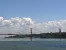 Die Ponte 25 de Abril (deutsch: Brücke des 25. April)