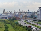 Singapur... Warenumschlagplatz, zwischen China und Europa