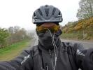 Bei den Abfahrten versuche ich mich vor dem kalten Wind zu schützen …