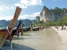 Longtailboote am Railay Beach (Krabi) 2