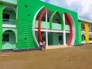 Tuyen zeigt uns den Bau und gibt einen Einblick in die Verhältnisse in der Region
